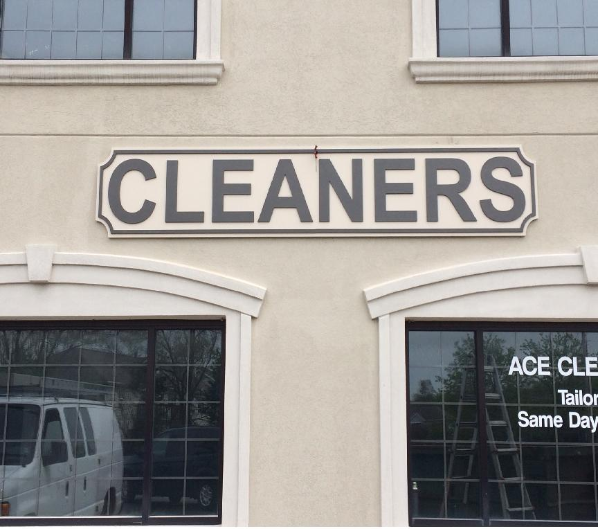 Cleaners Pan Face Sign